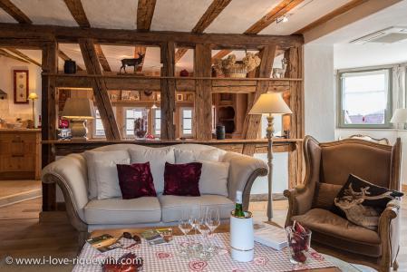gites remparts de riquewihr gites luxe en alsace pr s de. Black Bedroom Furniture Sets. Home Design Ideas